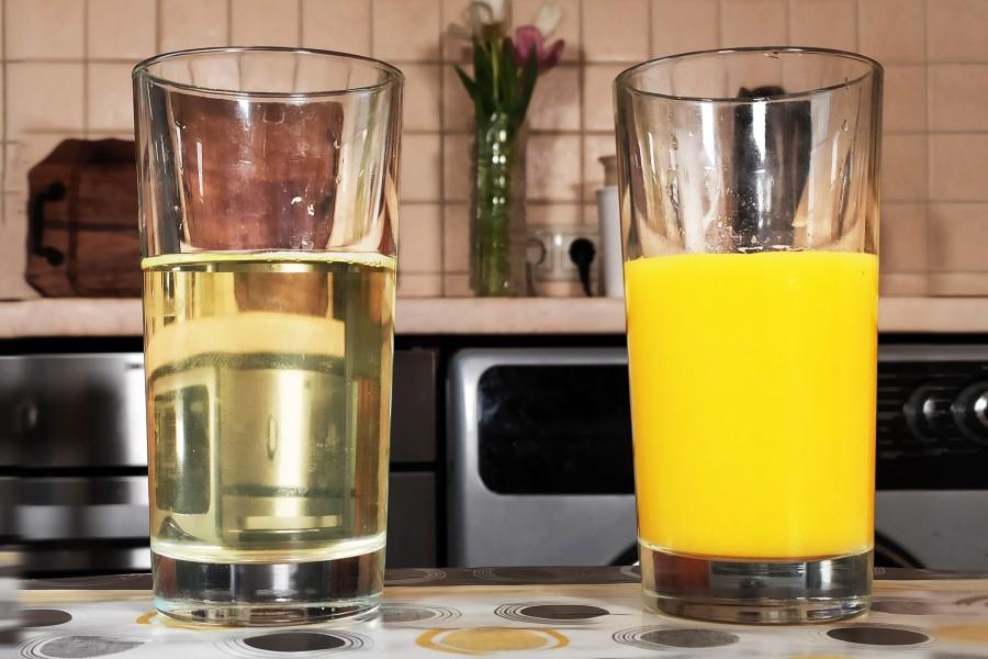 Прозрачный сок дома